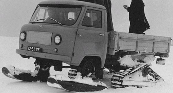 УАЗ-451С, снегоход на лыжах