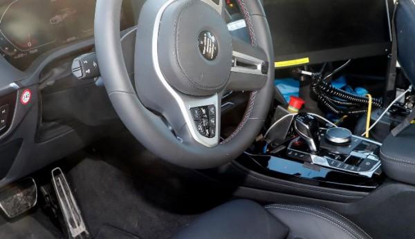 BMW X4, обновленный, салон