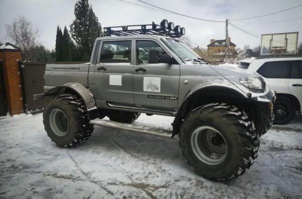 УАЗ, Ратибор
