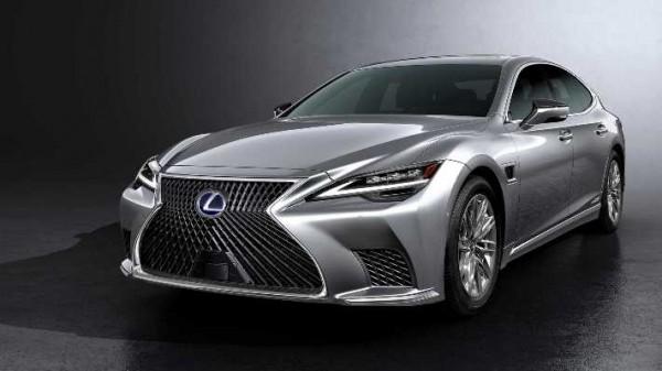 Lexus LS 2021 года