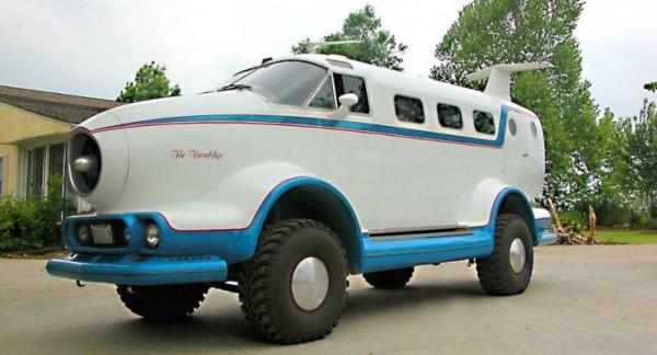 гибрид Jeep Cherokee и самолета