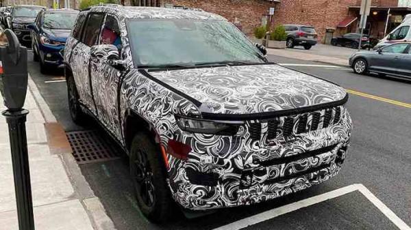 Jeep Grand Cherokee 2022 года