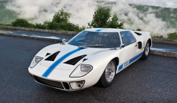 Ford-GT 40