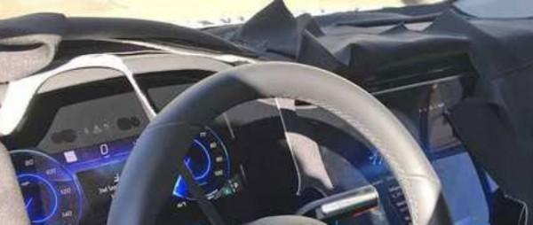 Mercedes EQS, новый, приборная панель
