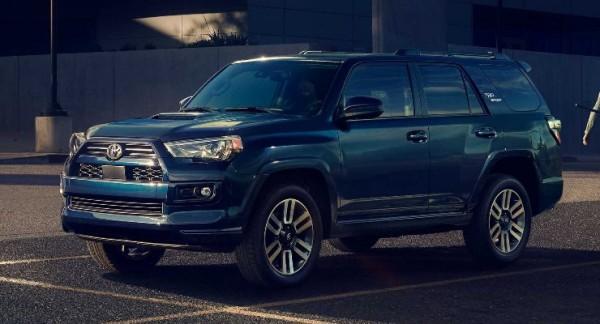 Toyota 4Runner 2022 года