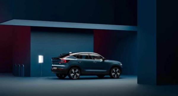 Volvo C40 Recharge, электрокар