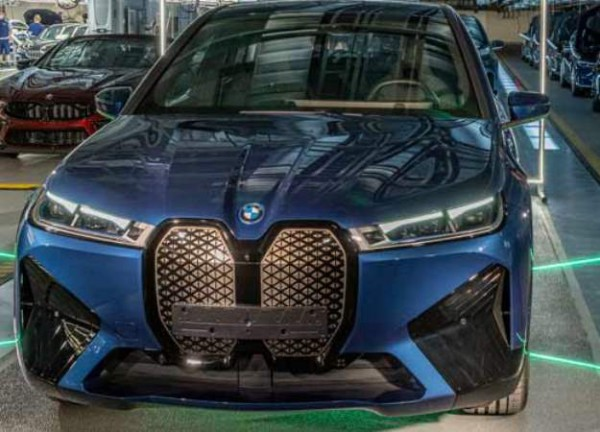 BMW iX, электрический